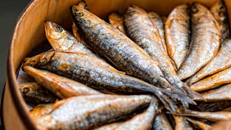 советы по хранению вяленой рыбы